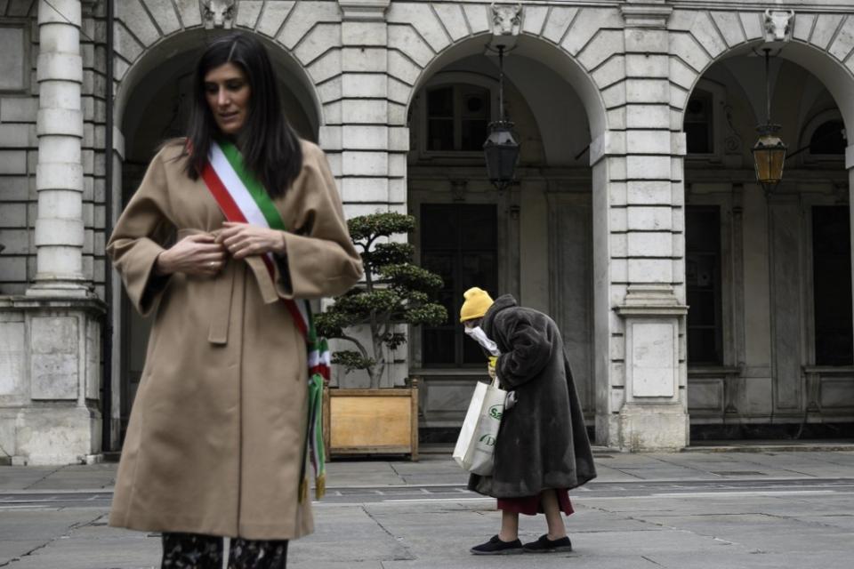 Coronavirus en Italia: volvieron a aumentar los contagios y murieron otras 727 personas