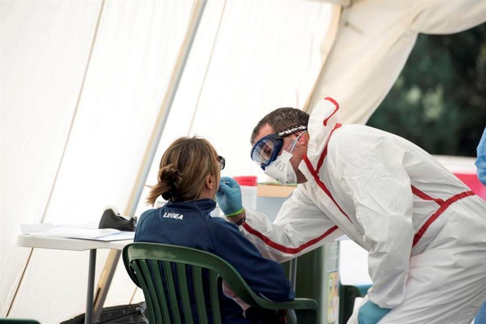 Coronavirus en España: por cuarto día consecutivo bajó el número de muertos