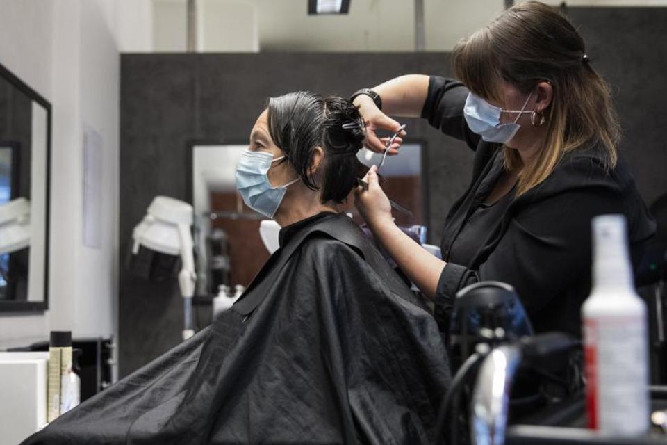 El el Gran Mendoza podrán funcionar las peluquerías que sigan ciertos protocolos.