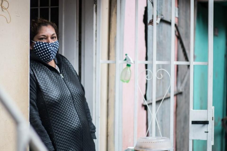 Ramona está intubada, sedada, con respirador. Se contagiaron dos hijas, su sobrina y sus cuñados.