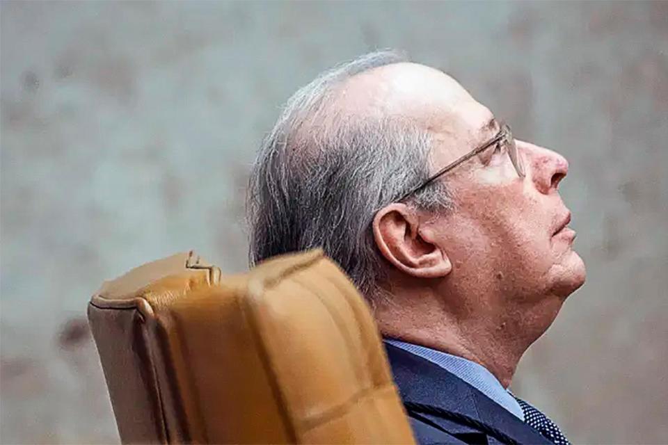 Celso de Mello autorizó la difusión del video que compromete a Bolsonaro.