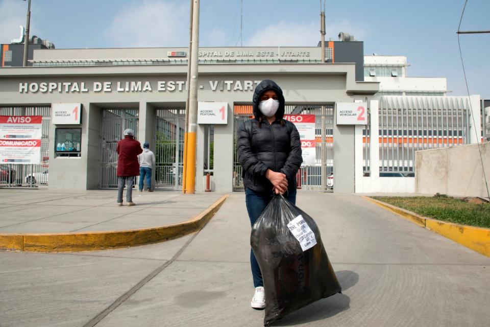 Coronavirus en Perú: hospitales desbordados y barrios populares con rápido contagio
