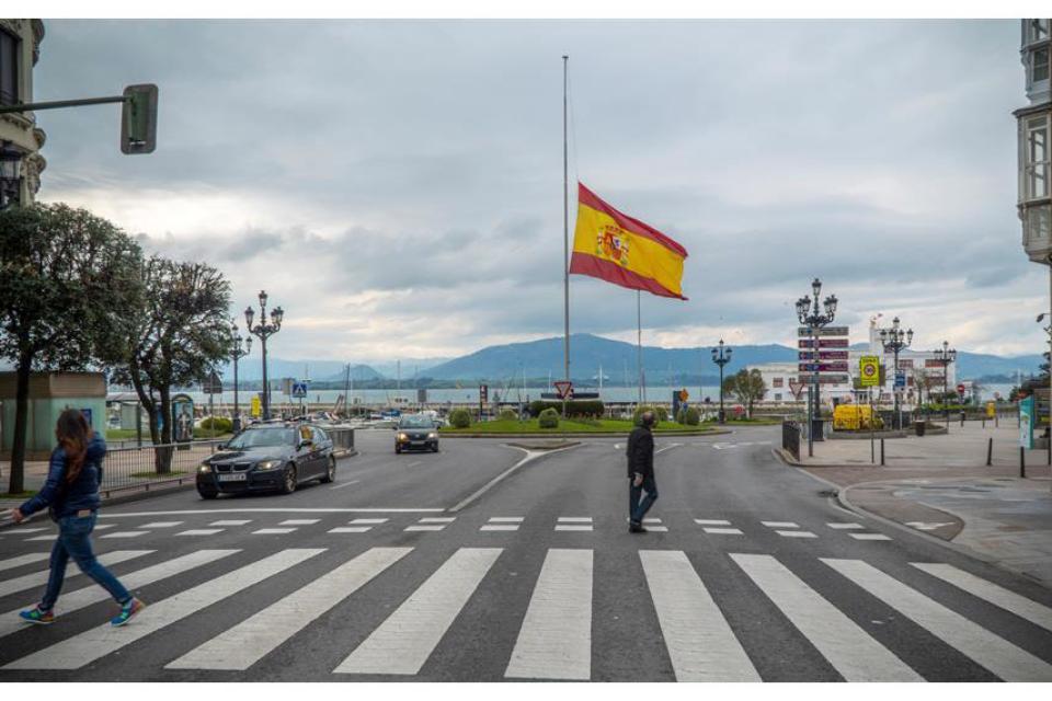 Coronavirus: España declara 10 días de luto mientras continúa el desconfinamiento