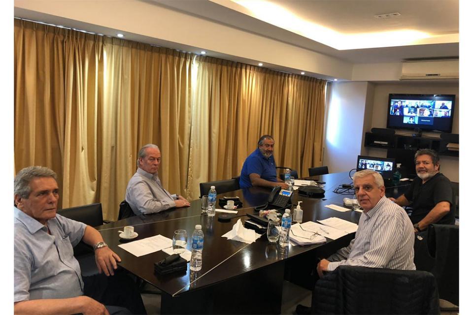 Martínez, Acuña y Lingeri en dialogo virtual con los representantes del FMI