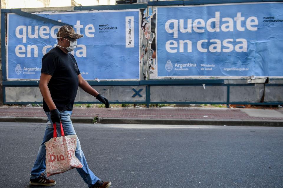 Argentina: Respuesta a la «infectadura»: científicos e intelectuales en apoyo a la cuarentena