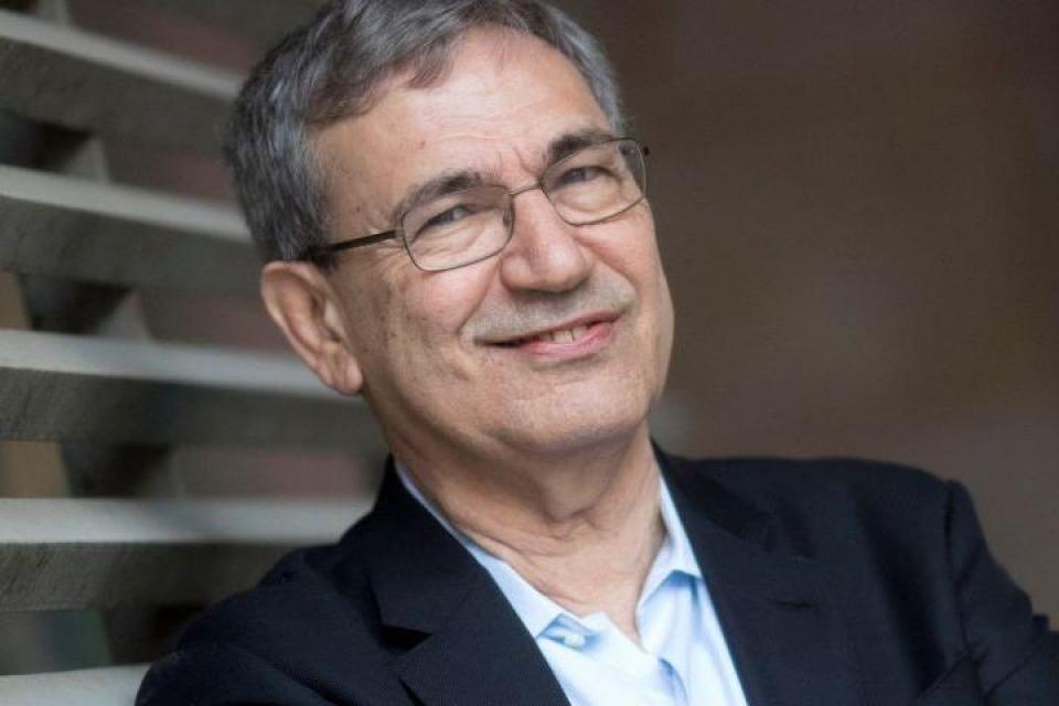 "Orhan Pamuk: ""Estoy contento de tener miedo"""