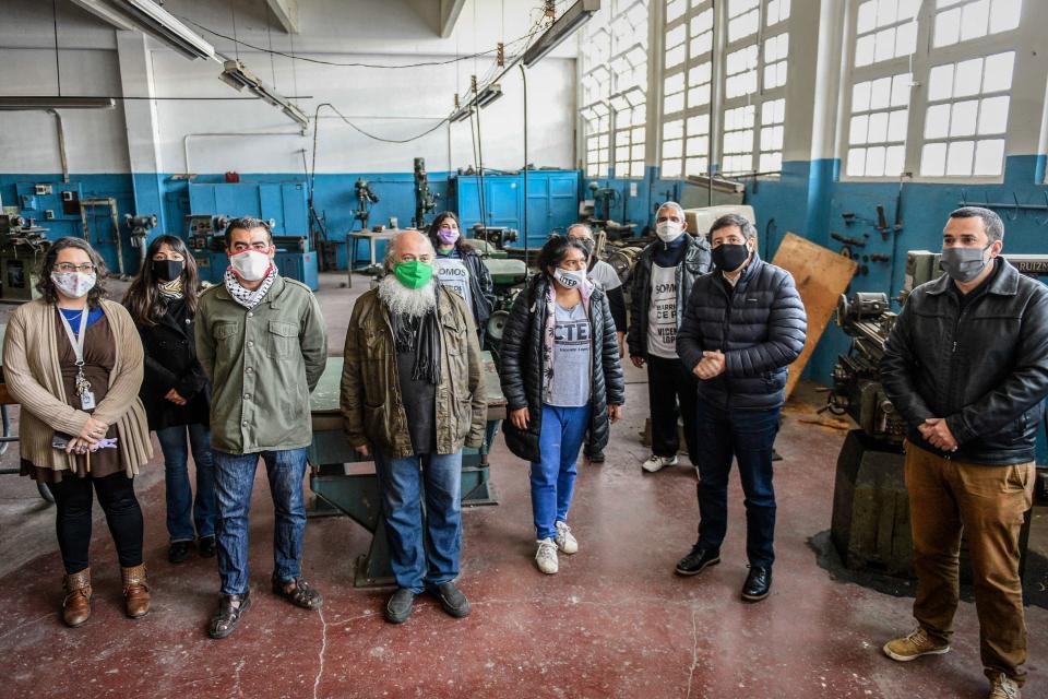 Trabajadores de la economía popular refaccionaron escuelas púlicas