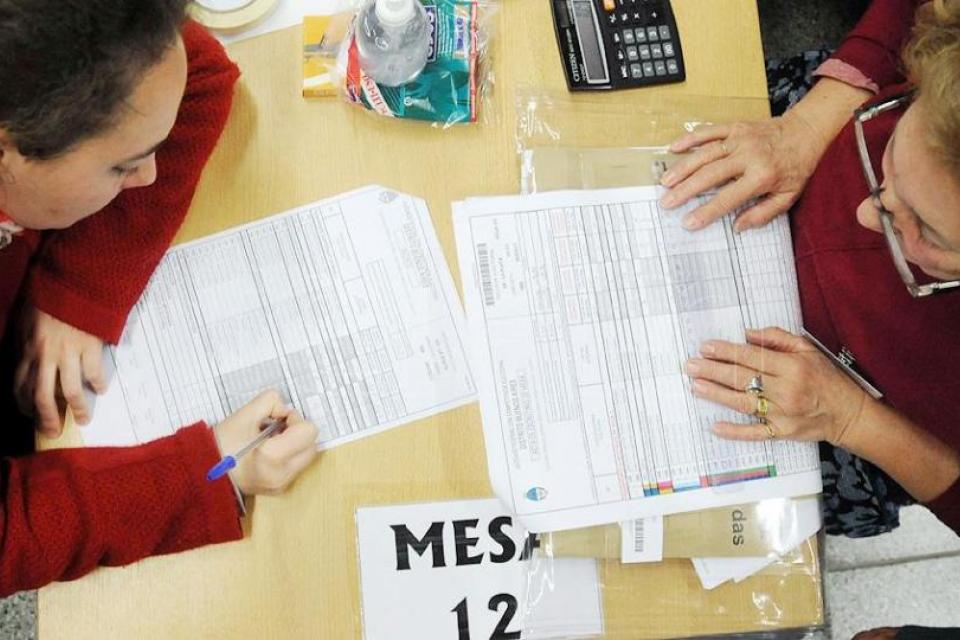 La Cámara Electoral Convoca A Los Partidos En Plena