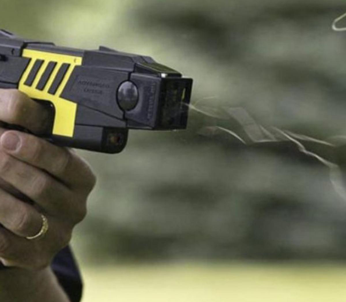 El peligro de las Taser | Advierten sobre la letali... | Página12