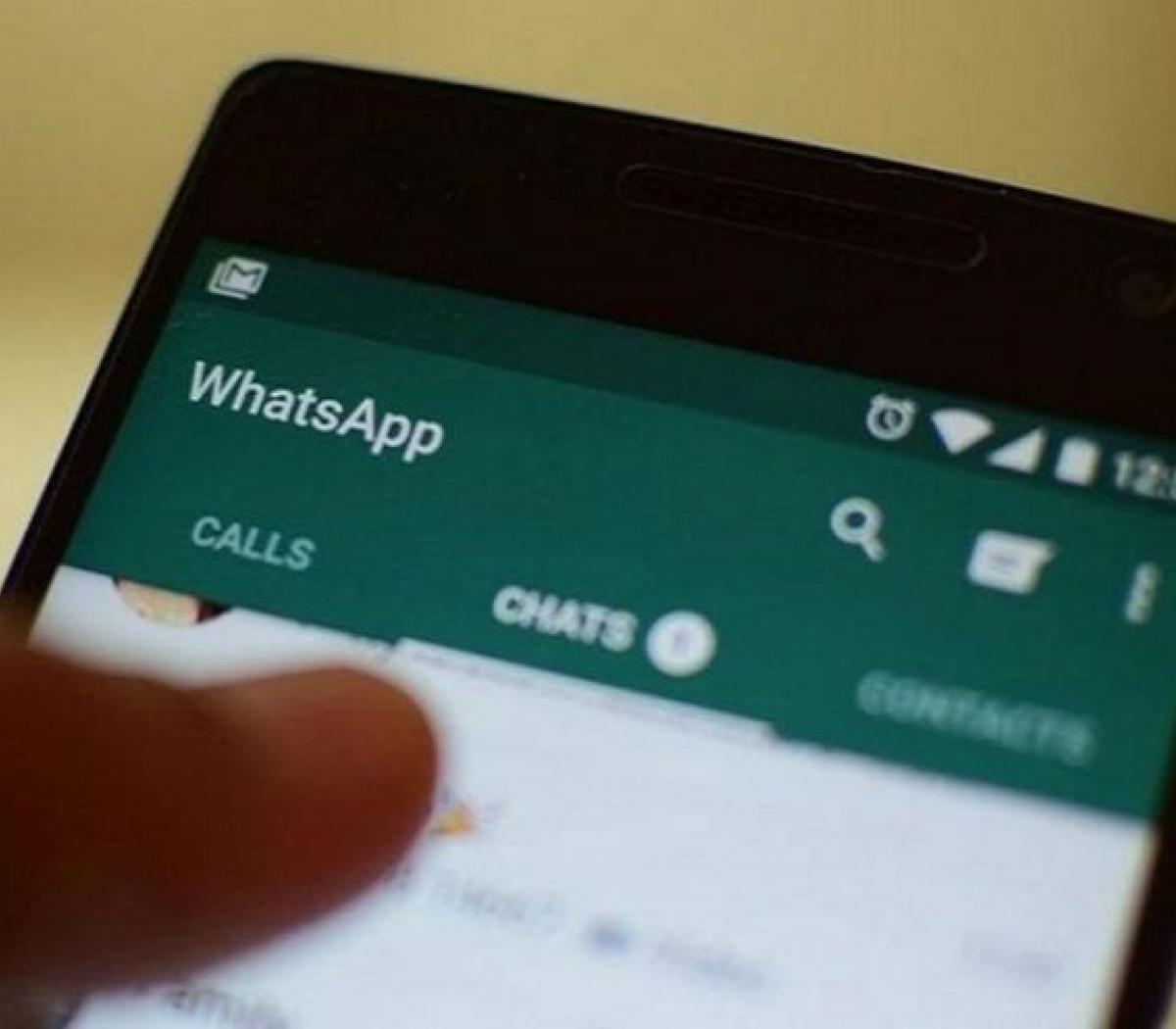Adolescente Paga Deuda Porno adolescentes sin whatsapp por una broma que los dej