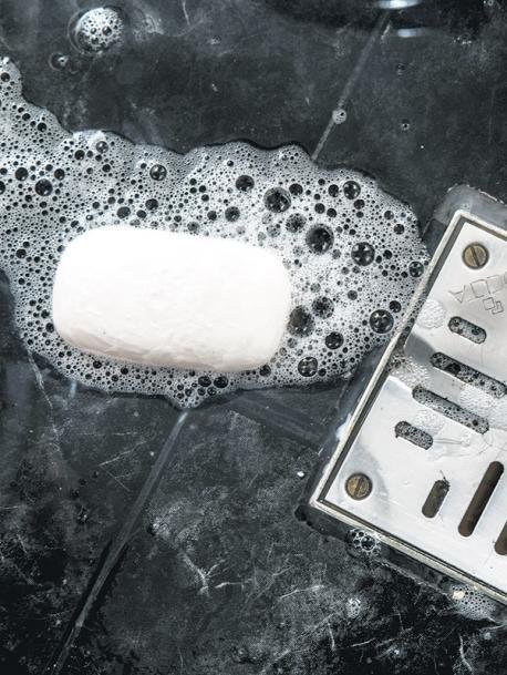 Y ahora... ¿quién levanta el jabón?