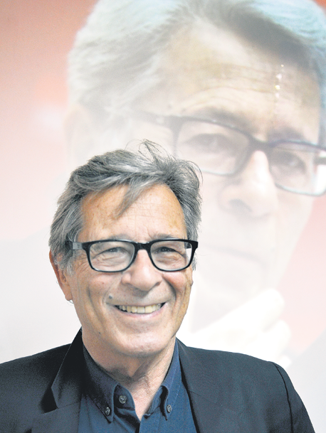 Reportaje al economista francés Pierre Salama