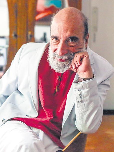Entrevista al poeta Raúl Zurita