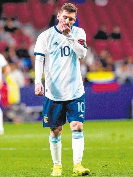 La derrota ante Venezuela dejó una conclusión: en la Selección no aparecen los jugadores para capitalizar el talento de Lionel Messi
