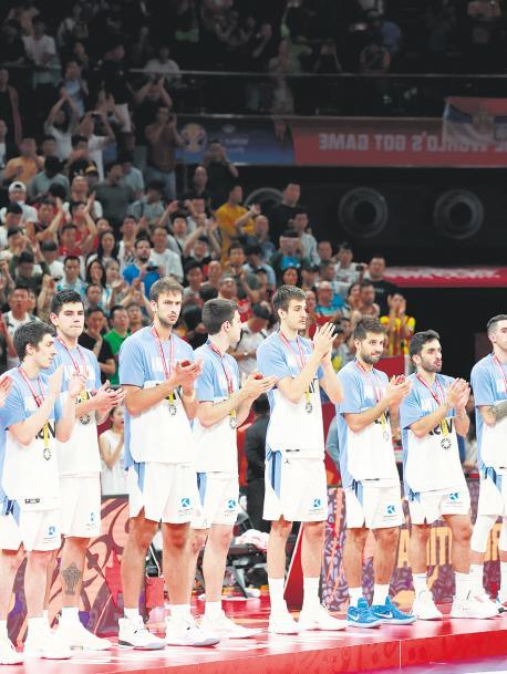 La Selección de básquet no encontró cómo contrarrestar el gran partido que le planteó España, que le ganó la final del Mundial de China por 95-75.