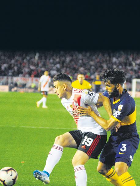 Boca se encuentra en una situación límite para seguir en la Copa Libertadores y sus respuestas futbolísticas parecen escasas para revertir la serie ante River