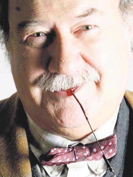 JUAN VILLORO PRESENTA LOS CUENTOS DE ANTONIO SKÁRMETA